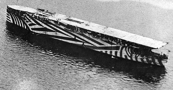 portaaviones-dazzle
